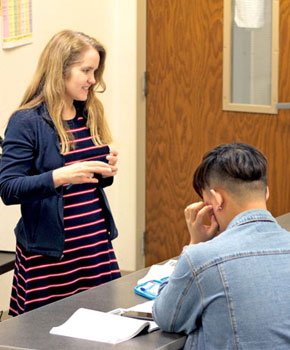 photo of a teacher instructing Green River College students
