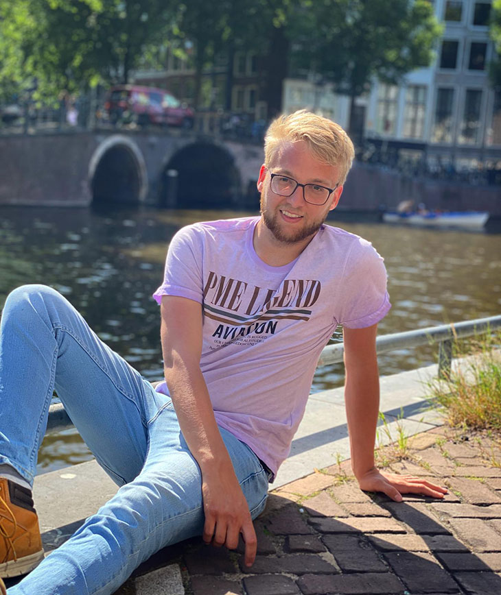 Luuk Loonen studies Aviation Management online in The Netherlands. He plans to come back on campus to finish his degree.