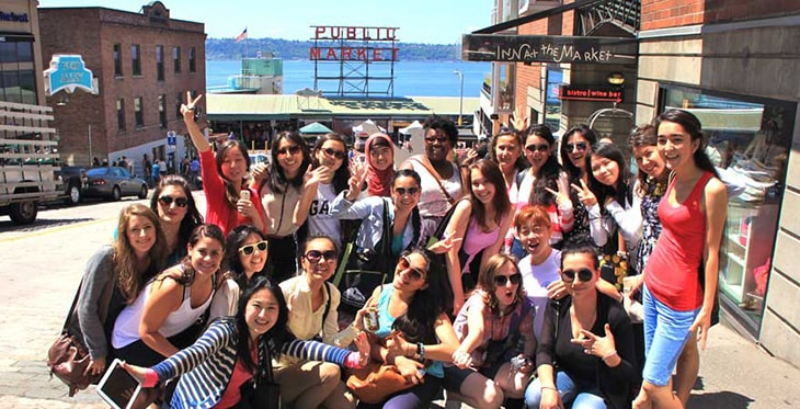 Photo of SUSI participants at Pike Place Market