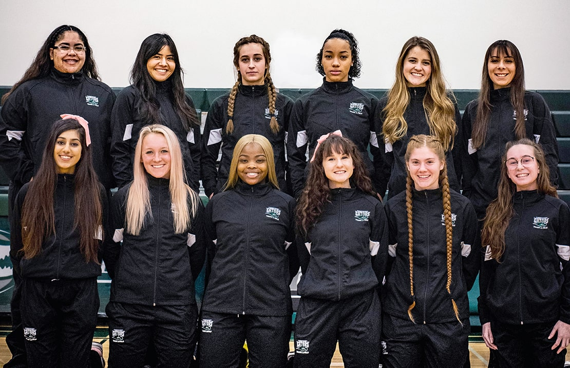 2019 Green River College women's track and field team.