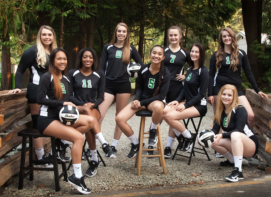 photo of the 2017 Green River College Women's Volleyball Team